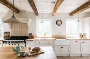 bespoke kitchen, oak beams, light space